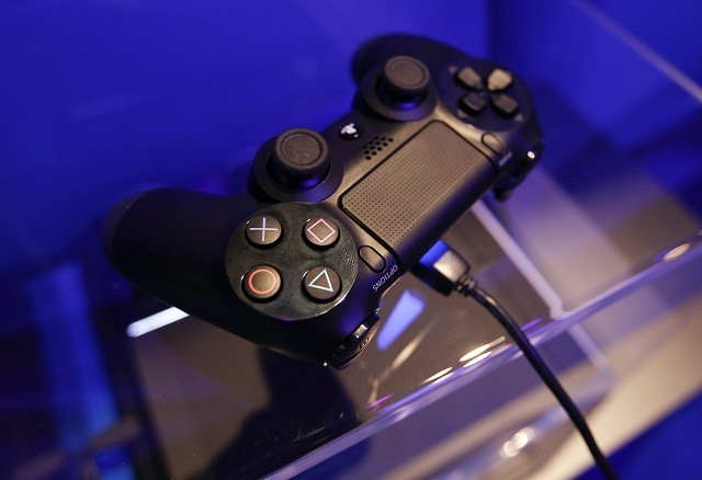Dualshock 4 at the Sony exhibition during Gamescom 2013.
