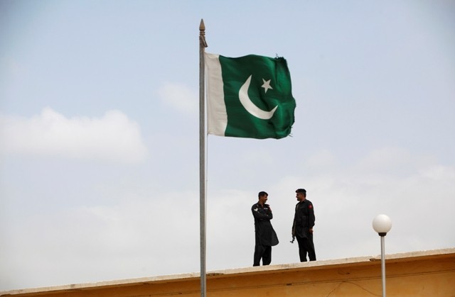 Pakistan Judge Sentences Mentally Ill Briton to Death for Claiming to be Prophet Muhammad