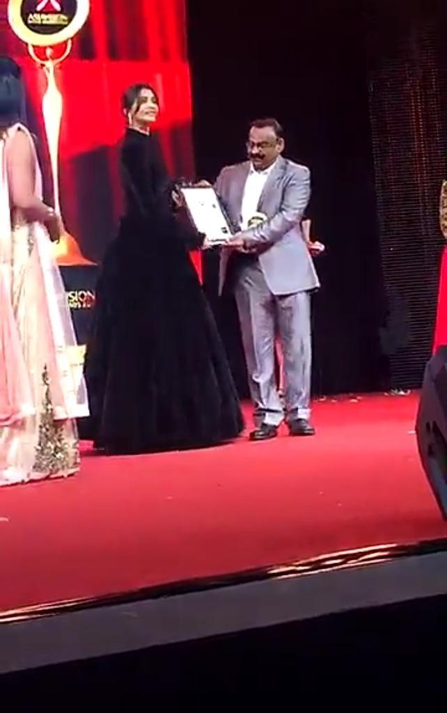 Asia Vision Awards 2016,Asia Vision Awards,Vijay Sethupathi,Tamannaah Bhatia,Amy Jackson,Sonam Kapoor,Asia Vision Awards 2016 pics,Asia Vision Awards 2016 images,Asia Vision Awards 2016 photos,Asia Vision Awards 2016 stills,Asia Vision Awards 2016 picture