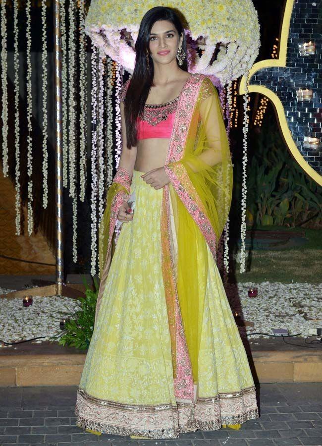 Kriti Sanon rocks,actress Kriti Sanon,Kriti Sanon rocks in different avatars,hot Kriti Sanon,Kriti Sanon photos,Kriti Sanon pictures,Kriti Sanon images,Kriti Sanon stills,Kriti Sanon in different avatars