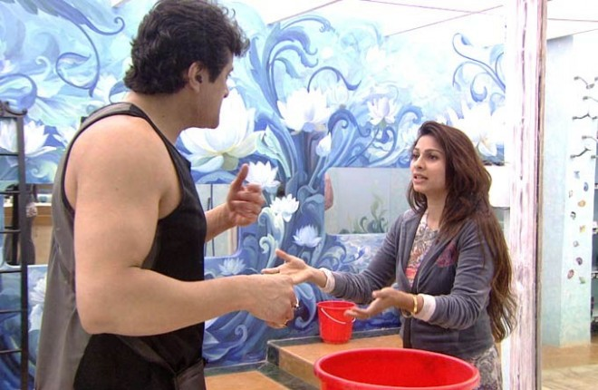 Bigg Boss 7 contestants Armaan and Tanisha Argue