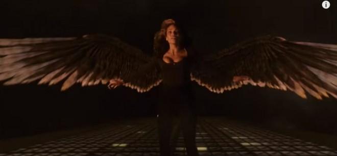 Hawkgirl in 'The Flash'