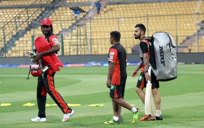 Chris Gayle Sarfaraz Khan Virat Kohli RCB