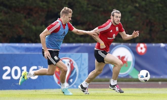 Gareth Bale Wales David Edwards