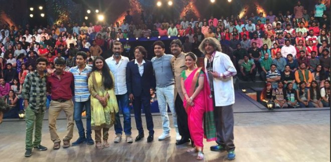 """The Kapil Sharma Show"" episode featuring ""Sairat"" team scored the highest TRPs in the non-fiction category. Pictured: ""Sairat"" team on the sets of ""The Kapil Sharma Show."""
