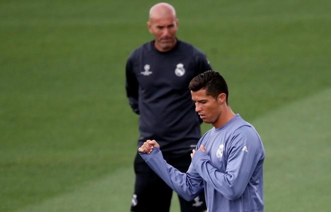 Zinedine Zidane Cristiano Ronaldo Real Madrid