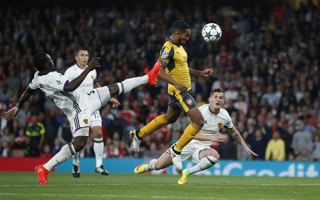 Theo Walcott Arsenal Basel