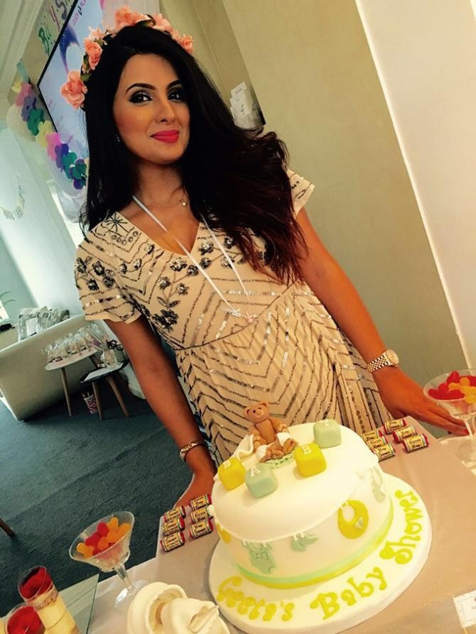 Harbhajan Singh,Geeta Basra,Harbhajan Singh and Geeta Basra,Harbhajan Singh blessed with daughter,Geeta Basra blessed with daughter
