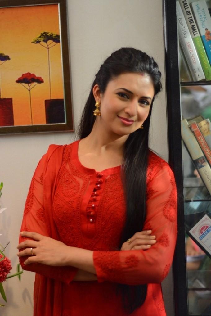 Vidya Balan on the sets of Ye Hai Mohabbatein,Vidya Balan,Ye Hai Mohabbatein,Divyanka Tripathi,actress Vidya Balan