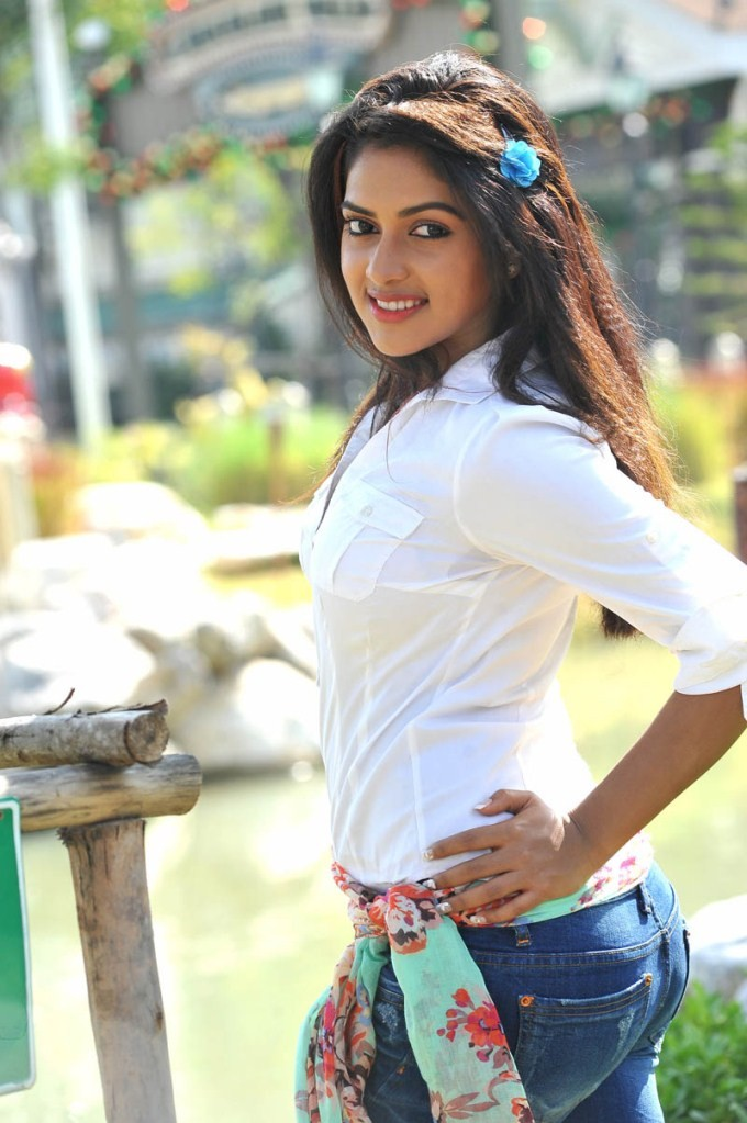 Amala Paul,actress Amala Paul,Amala Paul pics,Amala Paul latest photos,Amala Paul latest pics,south indian actress Amala Paul,tamil actress Amala Paul