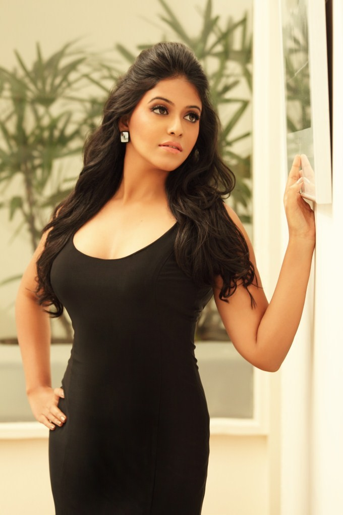 Anjali,actress Anjali,Anjali photos,Anjali pics,Anjali images,tamil actress Anjali,south indian actress Anjali,telugu actress,Anjali latest photos,Anjali latest pics