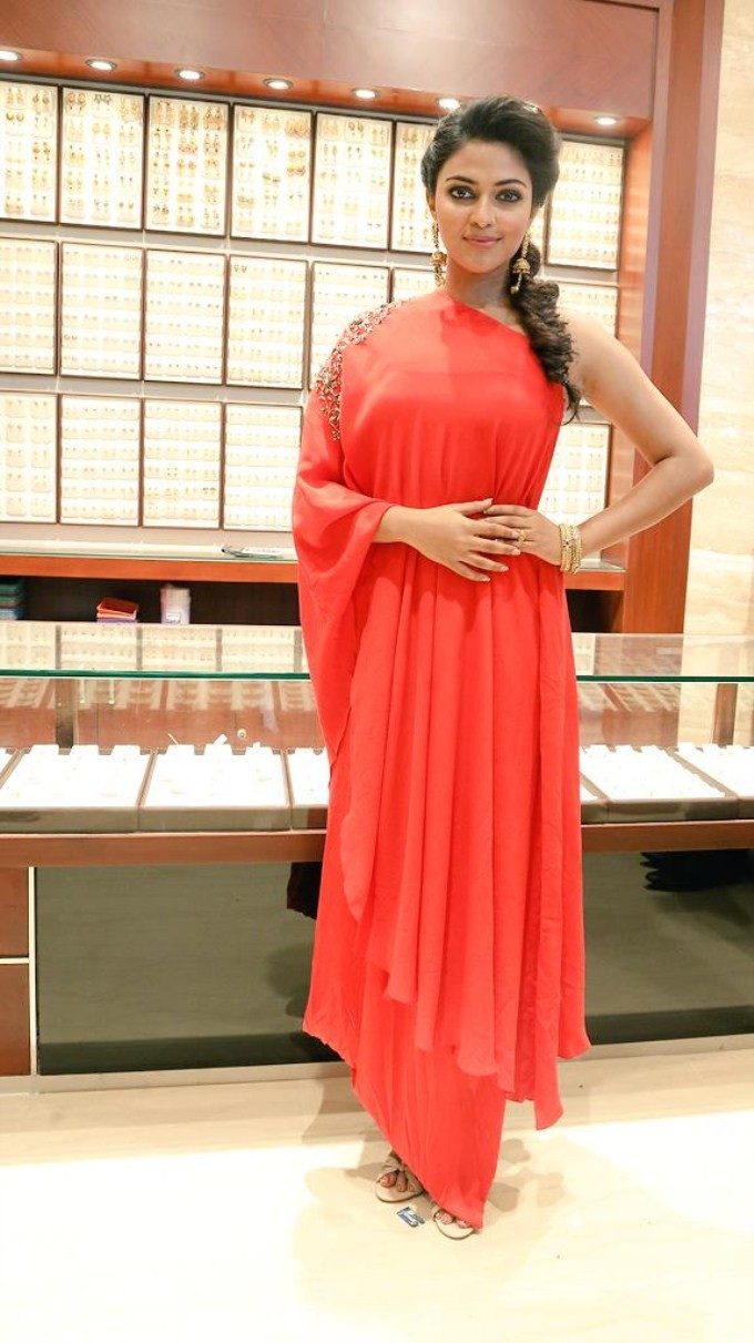 Amala Paul Launches Jos Alukkas Showroom At Erode,Amala Paul,actress Amala Paul,Amala Paul latest pics,Amala Paul latest photos,south indian actress Amala Paul,Amala Paul Launches Jos Alukkas Showroom