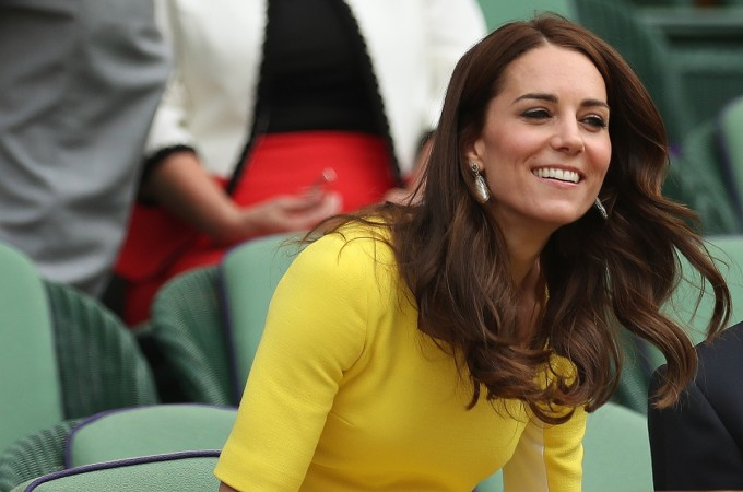 Kate Middleton and the royal family reveal a very freakish habit!