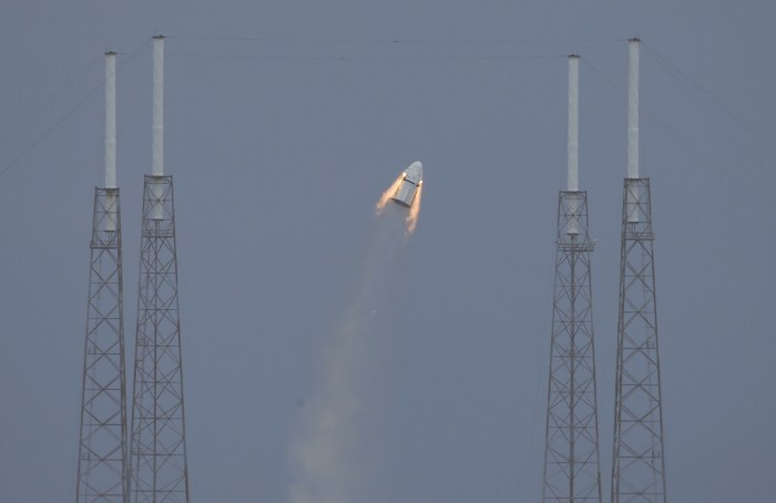 SpaceX Dragon Test Run,SpaceX Dragon,Spacex dragon cargo,SpaceX Dragon pics,SpaceX Dragon Test Run pics,SpaceX Dragon Test Run images,Canaveral Air Force Station