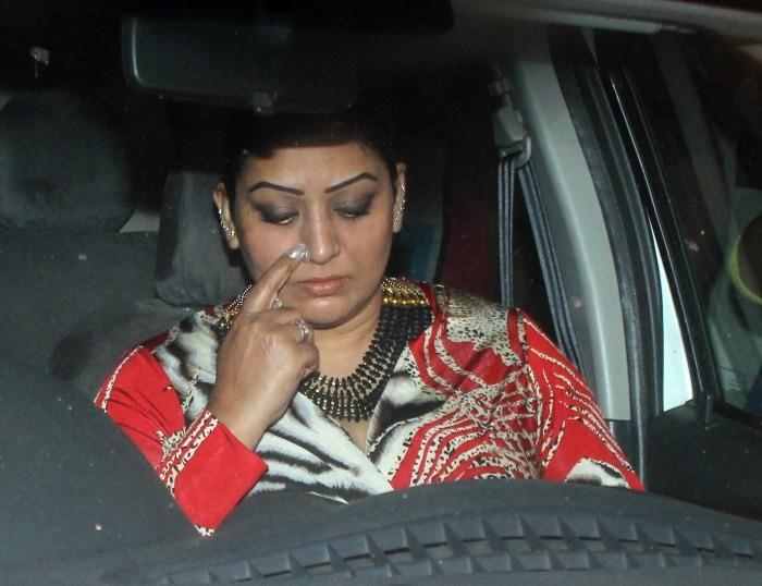 Salman Khan Convicted,Salman Khan,actor Salman Khan Convicted,actor Salman Khan,Celebs Visit Salman Khan After High Court Suspended The Case,Celebs Visit Salman Khan,bollywood celebs