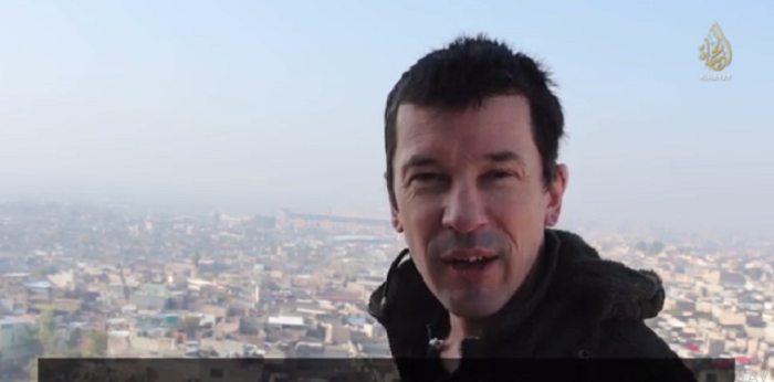From Inside Mosul - Latest ISIS propaganda video featuring British journalist John Cantlie debunks Western media reports questioning the ability of Islamic State to govern the Iraq second largest city.