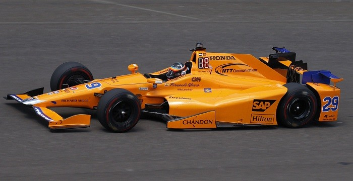 http://data1.ibtimes.co.in/cache-img-700-360/en/full/646830/1495005434_fernando-alonso-indianapolis-500-indy-500-fernando-alonso-indy-500-practice-formula-one.jpg