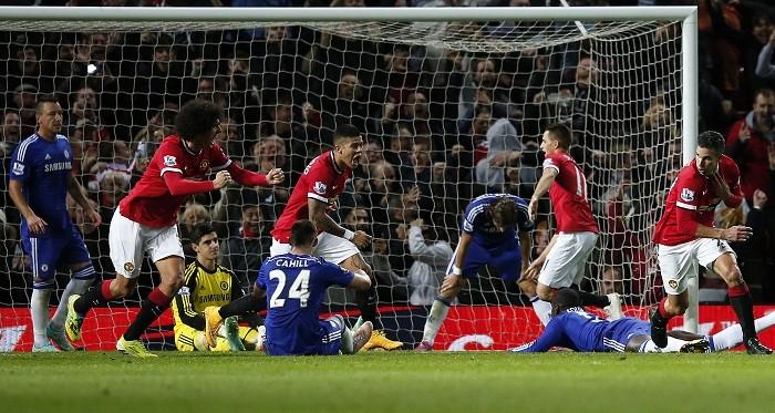 Robin Van Persie Fellaini Manchester United Chelsea