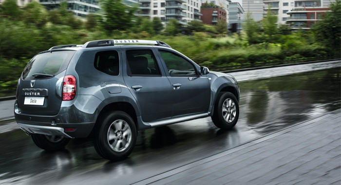 2018 renault duster to be unveiled on june 22 for Interieur duster 2018