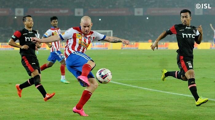 Iain Hume Atletico de Kolkata
