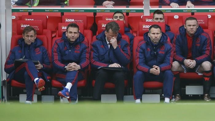 Louis Van Gaal Ryan Giggs Manchester United Wayne Rooney