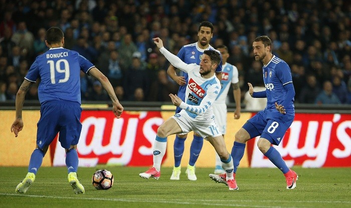 Juventus striker Higuain takes aim at Napoli president De Laurentiis: Your fault!