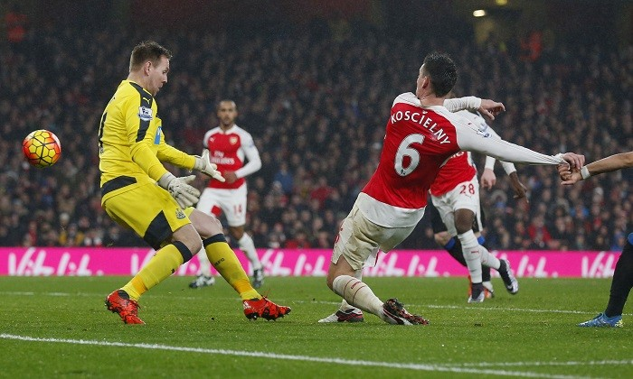 Laurent Koscielny Arsenal Rob Elliott Newcastle United