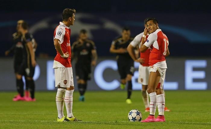 Mesut Ozil Alexis Sanchez Arsenal Dinamo Zagreb