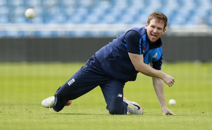 Morgan, Woakes star in England's win over Proteas in 1st ODI