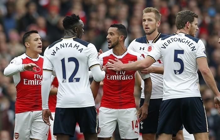 Arsenal Tottenham Sanchez Wanyama Walcott Kane Vertonghen