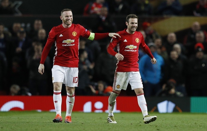 Rooney equals record by scoring his 249th Man United goal