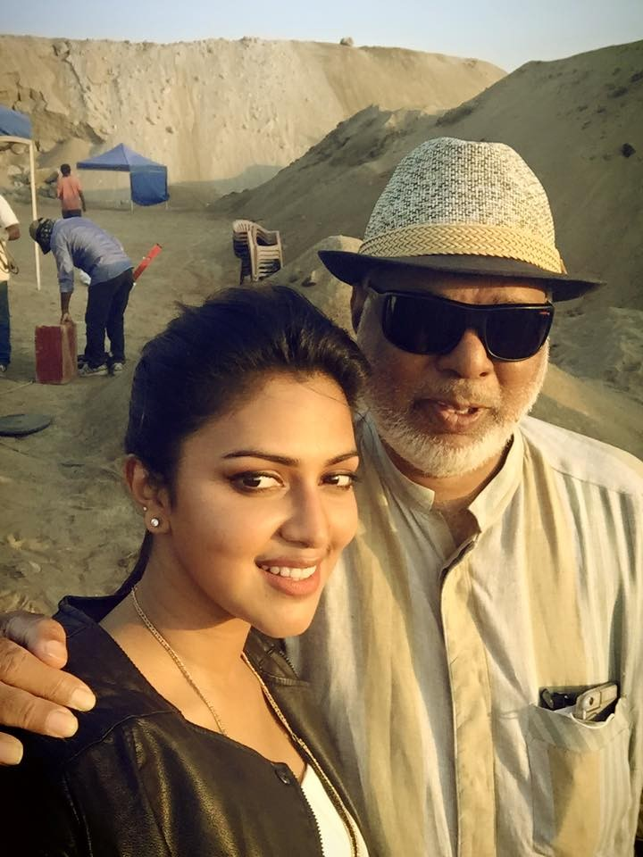 Amala paul,Amala paul selfies,Amala paul actress,Amala paul photos,Amala paul upcoming films,mohanlal,Laila o laila