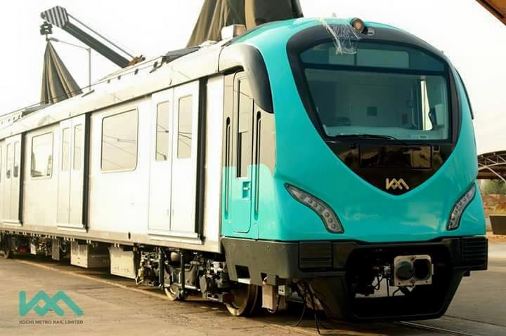 Kochi metro rail,kochi metro coaches,kochi metro coach pictures,Kochi Metro coachers arrive muttom yard,muttom yard