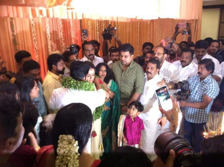 Dileep and Kavya Madhavan,Dileep and Kavya Madhavan wedding,Dileep and Kavya Madhavan marriage,Dileep wedding,Kavya Madhavan wedding,Dileep marriage,Kavya Madhavan marriage,Dileep and Kavya Madhavan werdding pics,Dileep and Kavya Madhavan werdding images