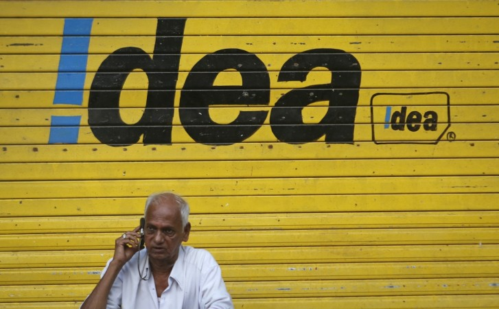 Idea Cellular stock gains 2%; fundraising to keep debt under check