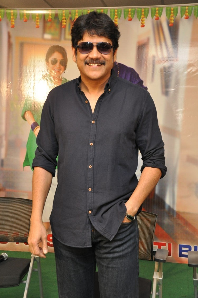 Akkineni Nagarjuna,Soggade Chinni Nayana press meet,Soggade Chinni Nayana,Oopiri press meet,Oopiri,Oopiri teaser,Nagarjuna,Nagarjuna new pics,Nagarjuna new images,Nagarjuna new stills,Nagarjuna new pictures