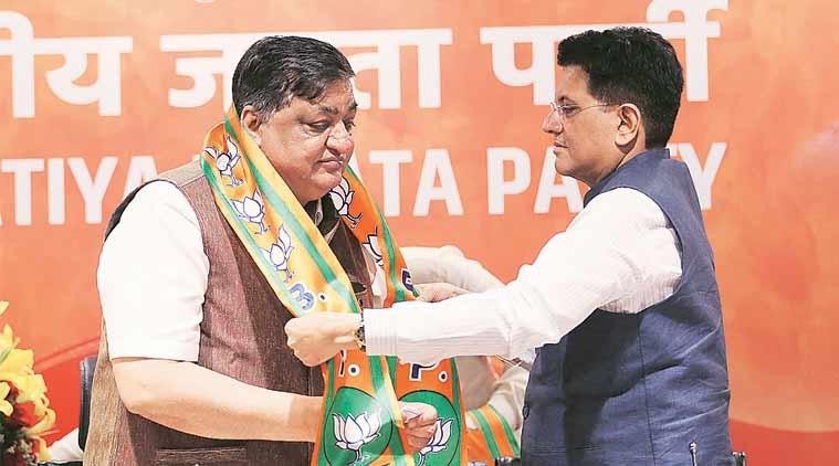 Piyush Goyal welcomes Naresh Agarwal in to the BJP