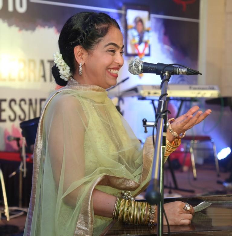 Ajivasan Music Academy,Ajivasan Music Fest,Ajivasan Fest 2016,Nitin Mukesh,Padma Wadkar,Suresh Wadkar,Suresh Wadkar music academy,Ajivasan Fest 2016 pics,Ajivasan Fest 2016 images,Ajivasan Fest 2016 photos,Ajivasan Fest 2016 stills,Ajivasan Fest 2016 pict