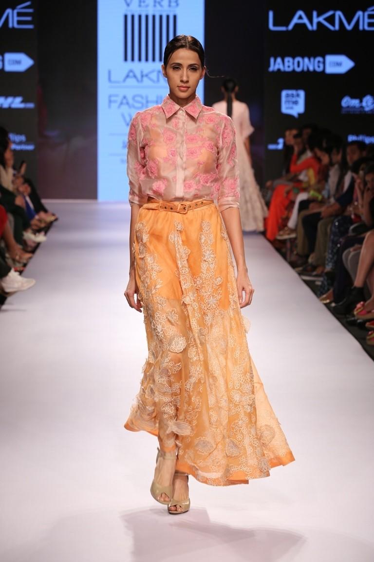 Amyra Dastur,Mr.X,Mr.X promotions,designer Pallavi Singhee,Emraan Hashmi,photos