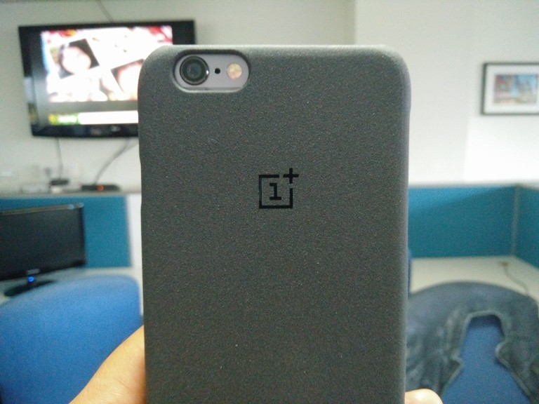 Review: OnePlus Sandstone case for iPhone 6/6s is one of the best looking covers out there
