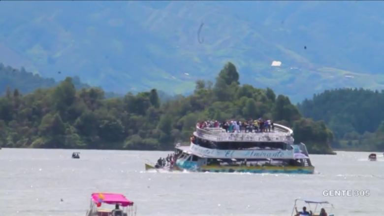Six dead, 31 missing as tourist boat sinks in reservoir