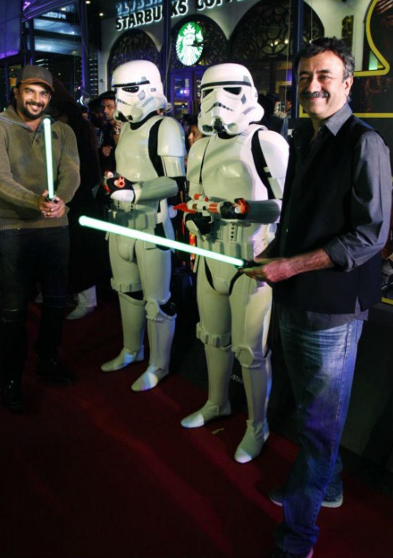 Saala Khadoos,Star Wars Premiere show,Star Wars,R. Madhavan,Rajkumar Hirani,celebs at Star Wars Premiere show,Saala Khadoos team