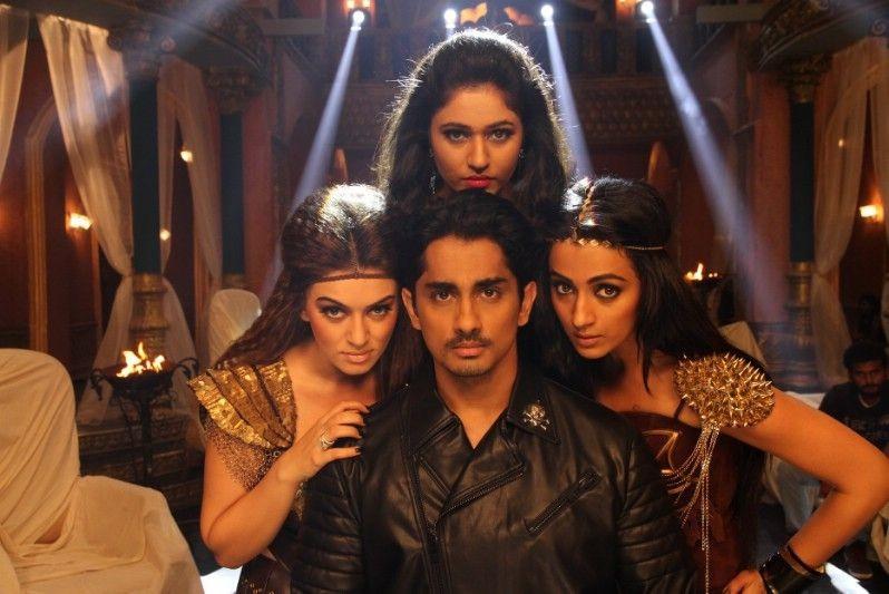 Aranmanai 2,Aranmanai 2 movie,tamil movie Aranmanai 2,Aranmanai 2 review,Aranmanai 2 movie review,Siddharth,Trisha,Hansika Motwani,Aranmanai 2 5 reasons