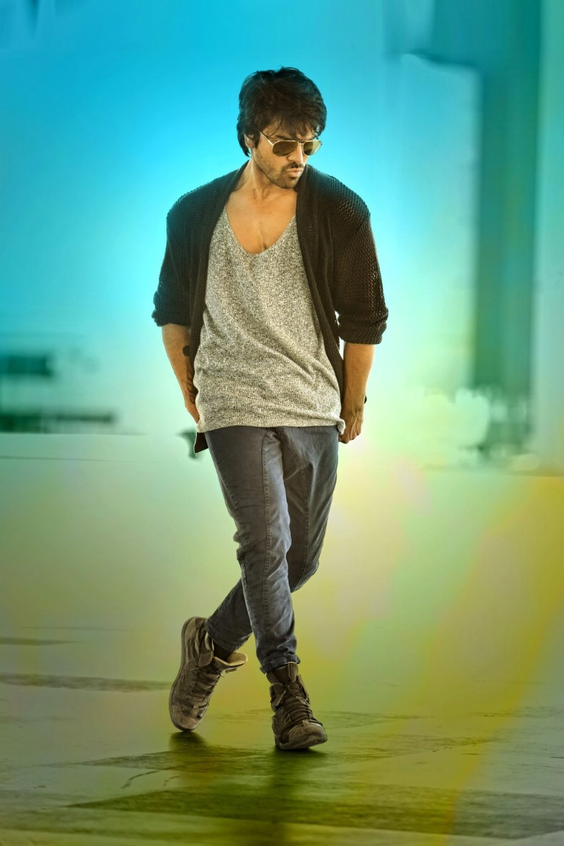 Ram Charan,Ram Charan in Bruce Lee,Ram Charan's Bruce Lee Movie Stills,Bruce Lee Movie Stills,Bruce Lee Movie pics,Bruce Lee Movie images,Bruce Lee Movie photos,Bruce Lee Movie pictures,Bruce Lee Movie gallery,ram charan teja,ram charan teja new movi