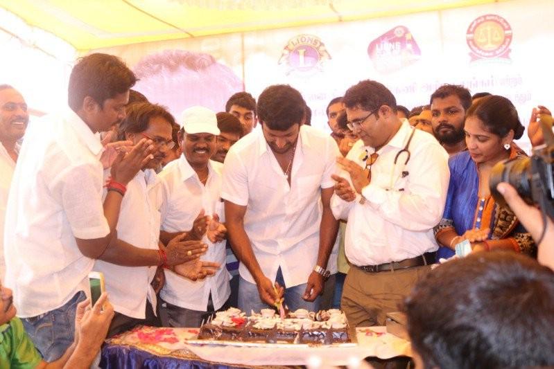 Vishal,vishal krishna,Vishal Birthday,vishal nadigar sangam,Vishal Birthday celebration,Vishal Birthday bash,Vishal Birthday pics,Vishal Birthday images,Vishal Birthday photos,Vishal Birthday stills,Vishal Birthday pictures