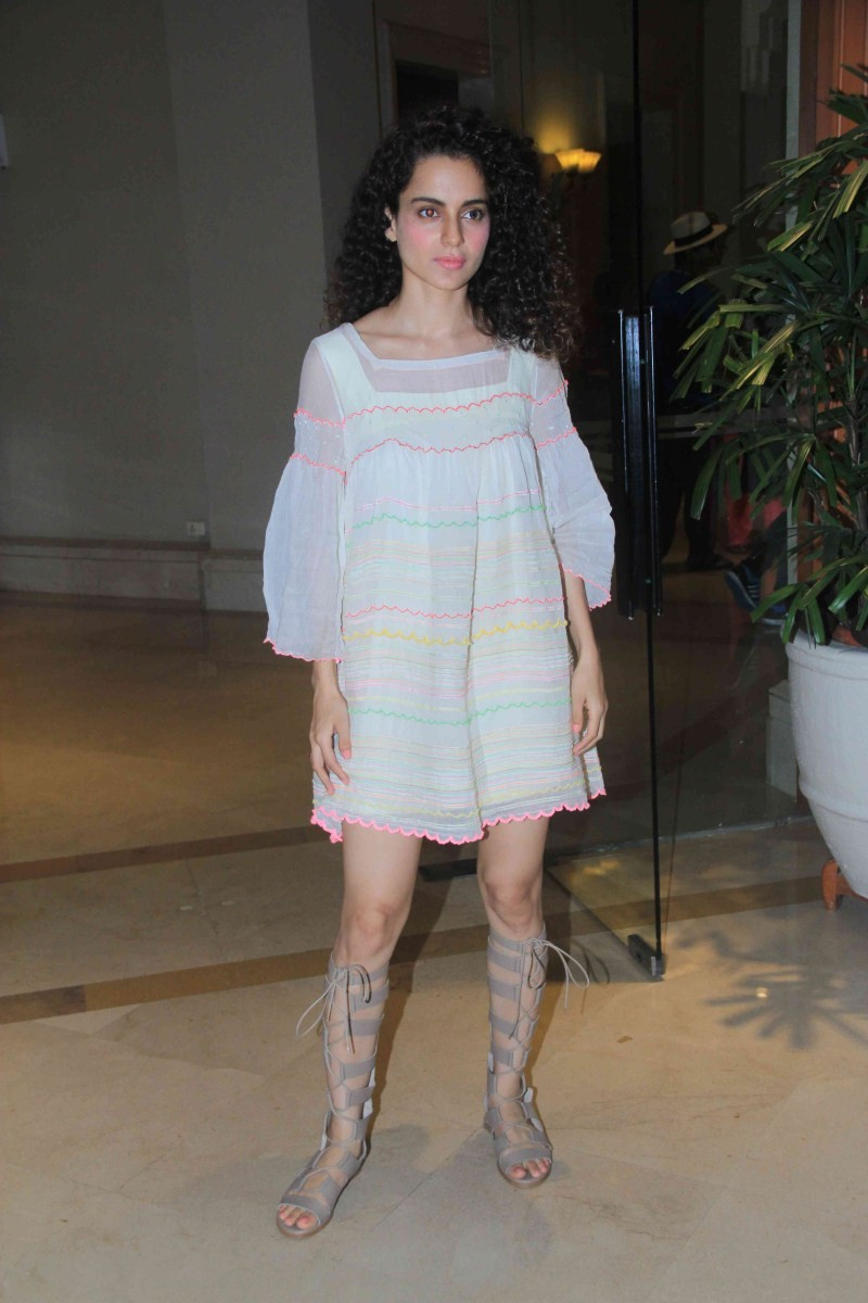 Kangana Ranaut,actress Kangana Ranaut,Kangana Ranaut at Tanu Weds Manu Returns Press Conference,Tanu Weds Manu Returns,Tanu Weds Manu Returns Press Conference,Kangana Ranaut pics,Kangana Ranaut images,Kangana Ranaut photos,Kangana Ranaut stills,hot Kangan