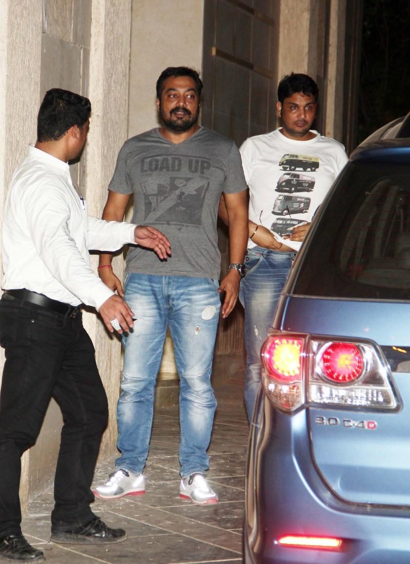 Celebs Spotted At Ranbir Kapoor House,Ranbir Kapoor,actor Ranbir Kapoor,Karan Johar,Arjun Kapoor,Anuskha Sharma,Bombay Velvet,Bombay Velvet movie,bollywood movie Bombay Velvet