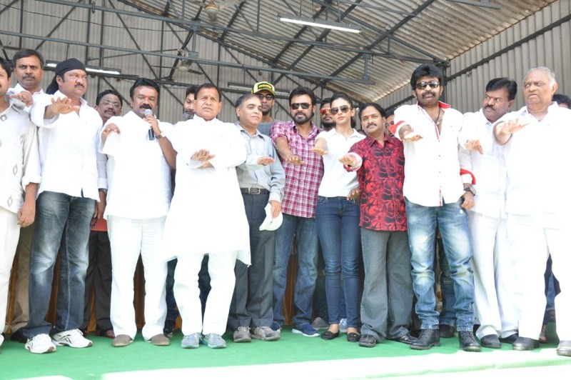 Telugu Film Industry Swachh Bharat Campaign at hyderabad,Swachh Hyderabad,KCR leads Swachh Hyderabad campaign,Swachh Hyderabad campaign,Swachh Bharat Hyderabad photos,celebs at Swachh Bharat Hyderabad,Swachh Bharat Hyderabad,Swachh Bharat Hyderabad pics,S