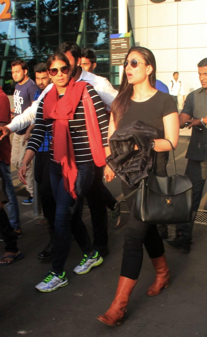 Salman Khan and Kareena Kapoor Khan returns from Bhaijaan Shooting,Salman Khan,actor Salman Khan,Salman Khan returns from Bhaijaan Shooting,Kareena Kapoor Khan,Kareena Kapoor,Salman Khan and Kareena Kapoor,Kareena Kapoor returns from Bhaijaan Shooting,Sal