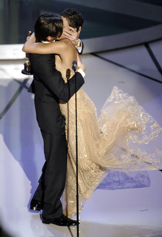 When the Stars Kiss,Stars Kiss,celebrities lock lips,lock lips,celebs lock lips,kiss the stars with me,kiss the stars horse,kiss the stars chords,Kiss the Stars,lip lock,hot kiss,hot kiss pics,hot kiss images,hot kiss stills